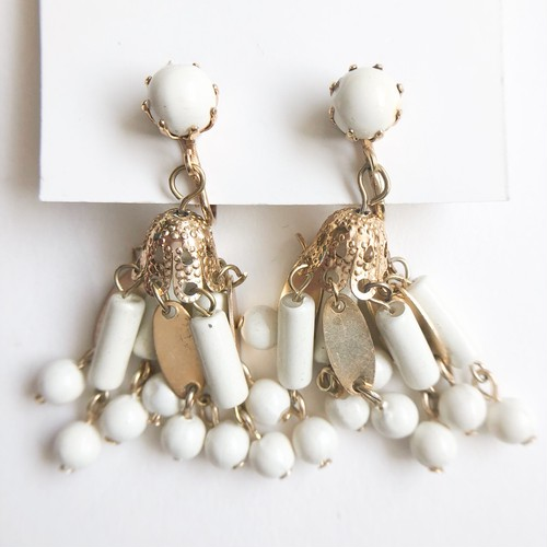 cream beads dangle earring[e-1153]