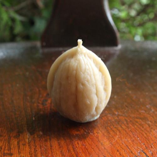 くるみキャンドル(ミツロウ100%)