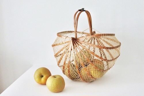 vintage bamboo folding basket / 竹の折り畳みかご