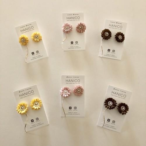 mini circle flower ピアス/イヤリング