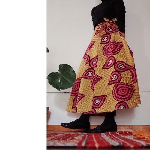 キテンゲ 半円形の巻きスカート yellow funky