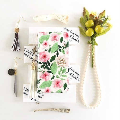 (pajour) 水彩ピンクローズ 柄 手帳型 ケース (花柄)