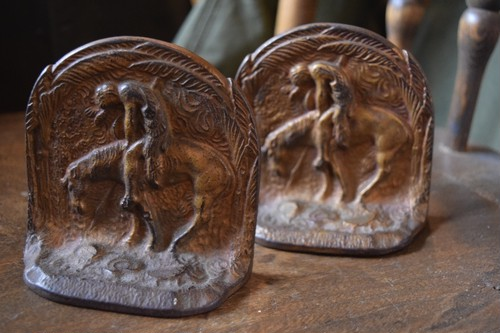 "Antique BOOK END""THE END OF THE TRAIL"""
