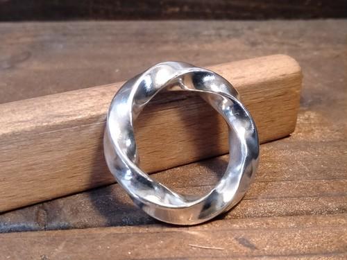 Twist Ring(L) - ツイストリング(L)