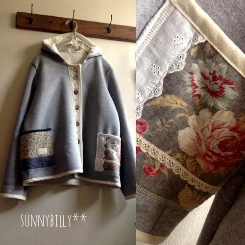 ●裏モコグレー×アンティーク花柄のフードジャケット●