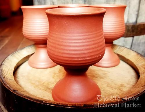 陶器のカップ A