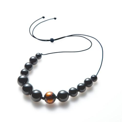 つながり -漆玉のネックレス-
