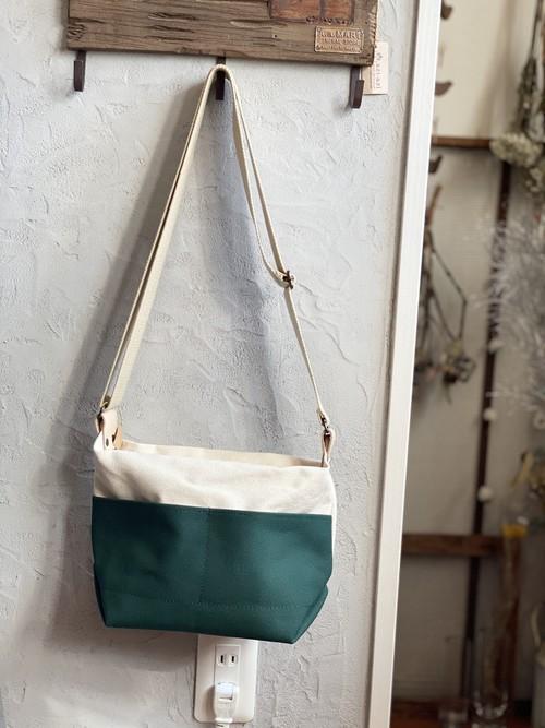 maruka-style かる〜い帆布ショルダー グリーン