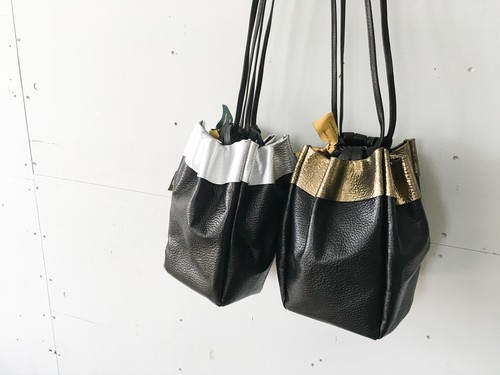 Amparsand reversible pouch bag M / リバーシブルポーチバッグM / 巾着バッグ