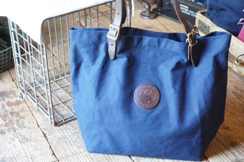 Duluth Pack navy market Tote