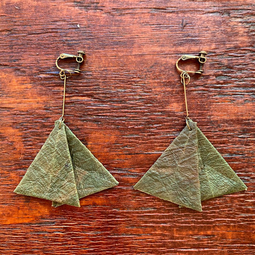 EAR CLIPS(イヤリング) triangle