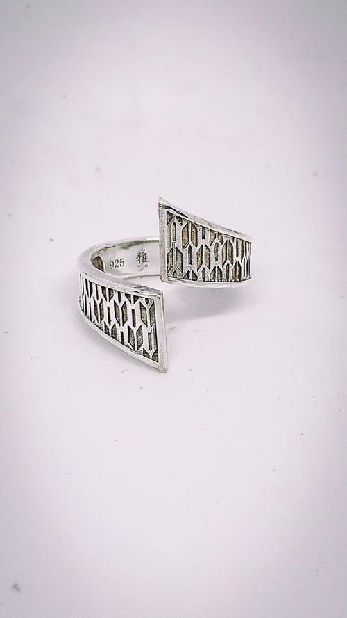 矢絣文様リング(Yagasuri pattern Ring)