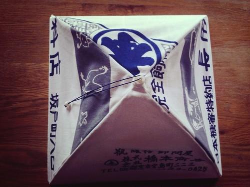 昭和てぬぐいフードカバー/日本糖蜜特約店