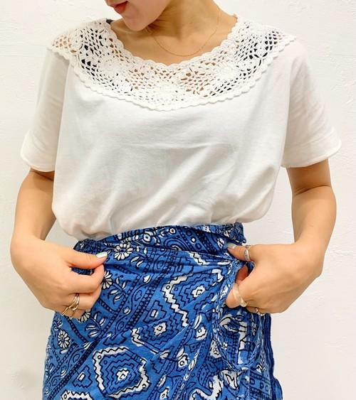 (PAL) crochet neck T-shirt