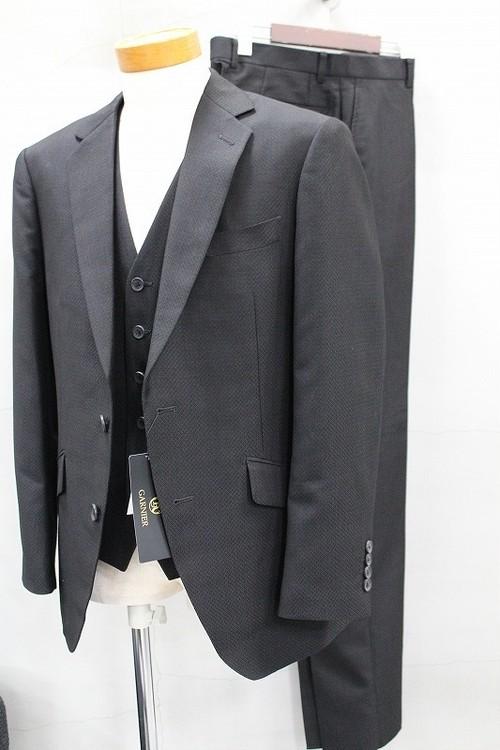 GARNIER ガルニエ ジオメトリックJQシングル2Bスーツ ブラック