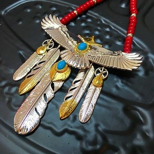 Bgnee×Taste Special feather necklace