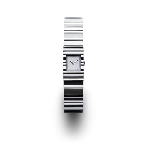 ISSEY MIYAKE / V - Silver