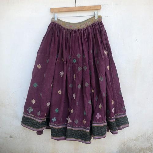 Vintage ラバリ族の刺繍スカート Dasty Purple