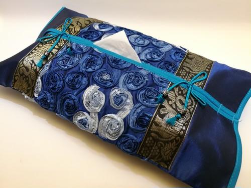 Thailand  シルクティッシュカバー 青色2