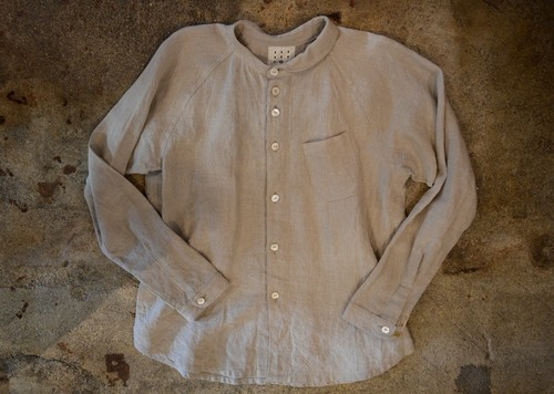 one collar shirt
