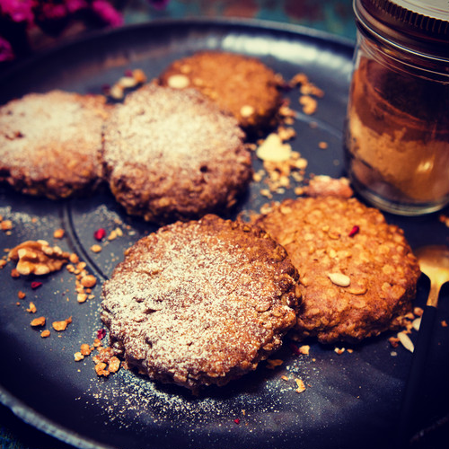 【NEW焼菓子詰め合わせ|スパイスのクッキー入り】
