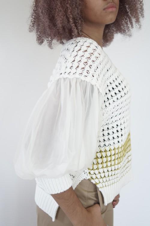 袖チュール透かし編みニット(ホワイト)
