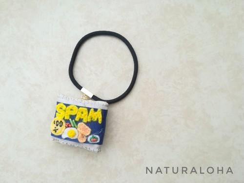 【手刺繍ヘアゴム&ブレス】ポーク缶の目玉焼きデザイン