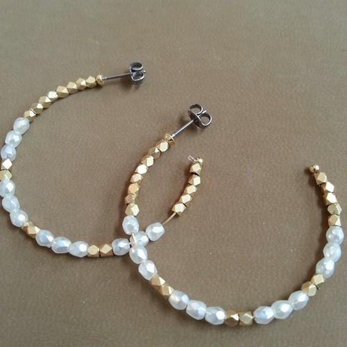 gold × white beads