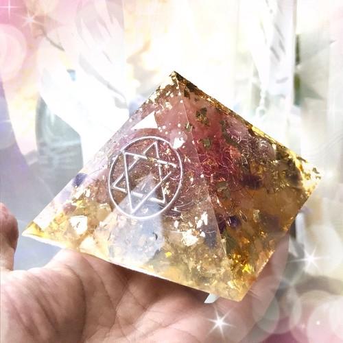 黄金比率のピラミッド(六芒星〜楽園に還る〜)[盛り塩オルゴナイト]