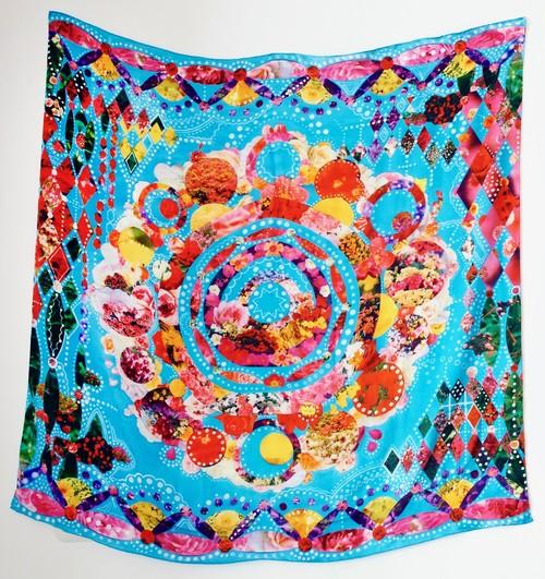 花のコラージュ・シルクスカーフ