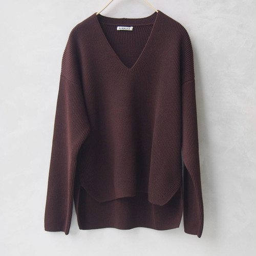 AURALE SUPER FINE WOOL RIB KNIT V NECK P/O DARK BROWN