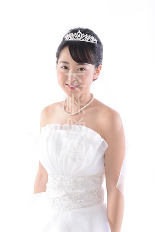 【0189】ポーズを取る花嫁