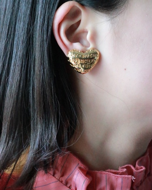GIVENCHY golden ♡ earrings