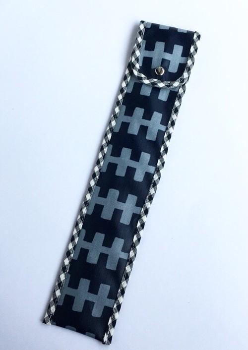 30cm竹定規ケース 漆黒ベース×柵柄プリント ラミネート