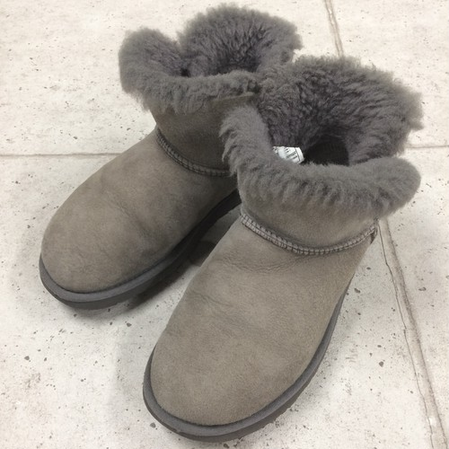UGG MINI BAILEY BUTTON ムートンブーツ size:24cm