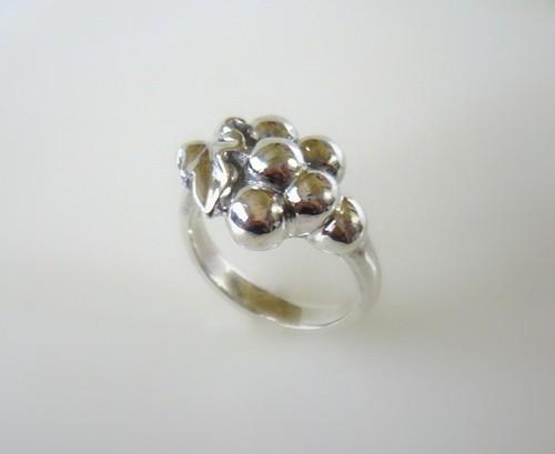 葡萄の指輪