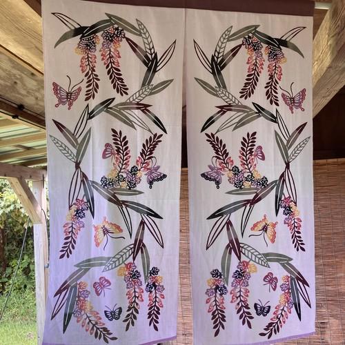 「月桃に蝶」注染暖簾