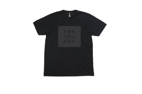 YES. SELLS S/S TEE
