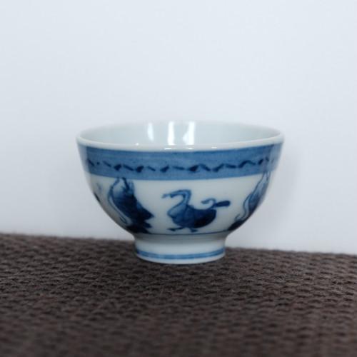 鳥魚文 白磁染付煎茶碗