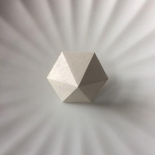 コルチェア六角形ピアス WHITE