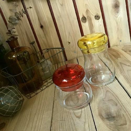 古い昔のガラス容器2個セット*アデリアレインボー有機絵具焼き付けグラス赤黄*昭和レトロポップ*カラフル硝子アンティーク