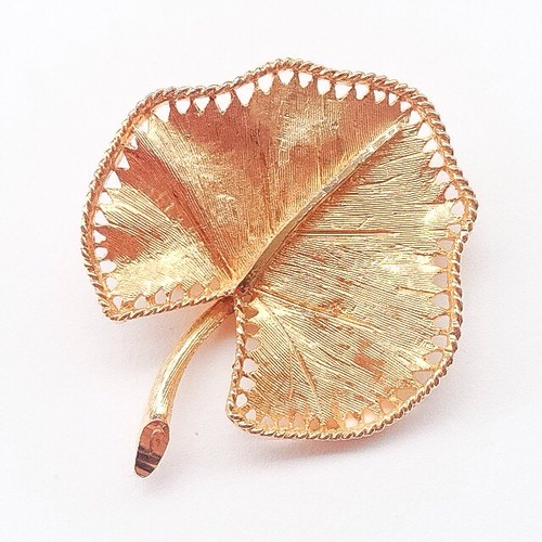 """BSK"" leaf brooch[b-141]"