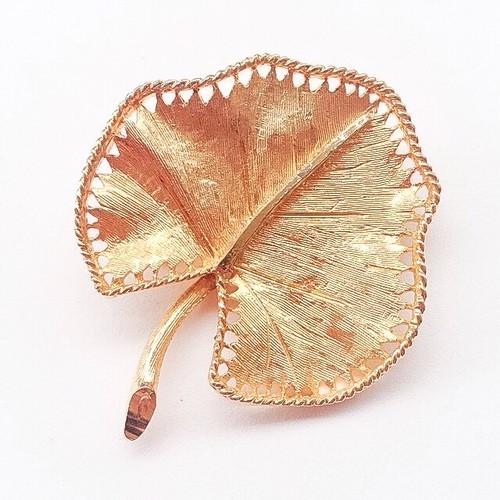 """""""BSK"""" leaf brooch[b-141]"""