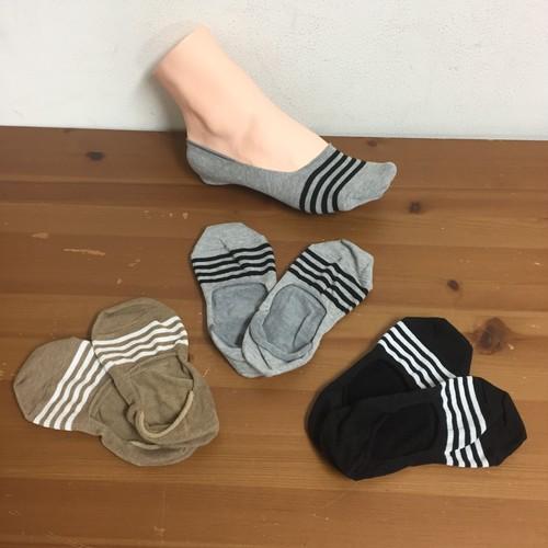 綿由来の天然炭素繊維を靴下の産地奈良県の工場で編んだライン入りフットカバーソックス