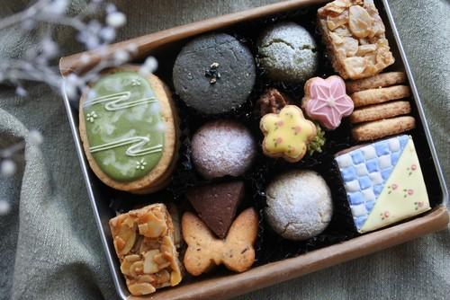 <店舗受取り>数量限定*アナトリエのクッキー缶(発送不可)