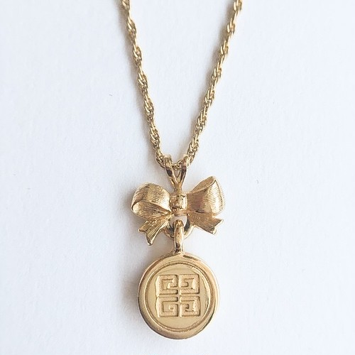"""""""GIVENCHY"""" bow necklace[n-219]"""