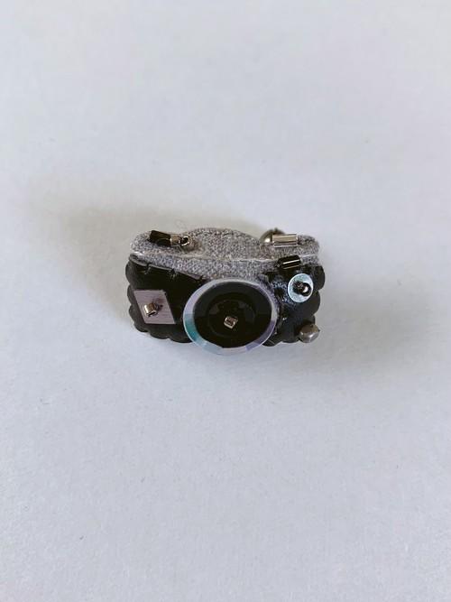 MONMANNEQUIN  ミニチュア カメラ ブローチ