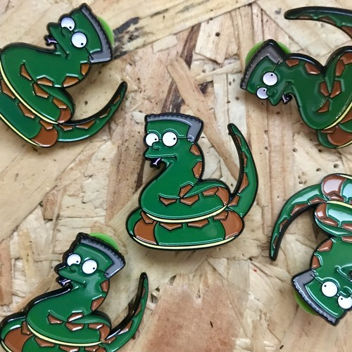 """THUMBS""""Smithers x Harry Potter Pin Badge"""""""
