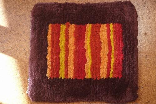 【佐藤さんのノッティング】◆◆手織りの椅子敷き⑩★★NEW!