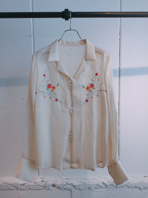 DECO depuis 1985    embroidery shirts